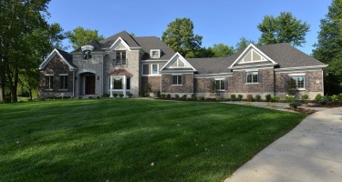8 Terrace Gardens, Frontenac, Missouri 63131, 5 Bedrooms Bedrooms, ,5 BathroomsBathrooms,House,Completed,Terrace Gardens,1017