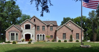 19 Danfield Road, Ladue, Missouri 63124, 4 Bedrooms Bedrooms, ,3 BathroomsBathrooms,House,Completed,Danfield Road,1019